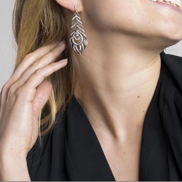 3696cfe1f Kendra Scott Jewelry   Elettra Drop Earrings   Poshmark